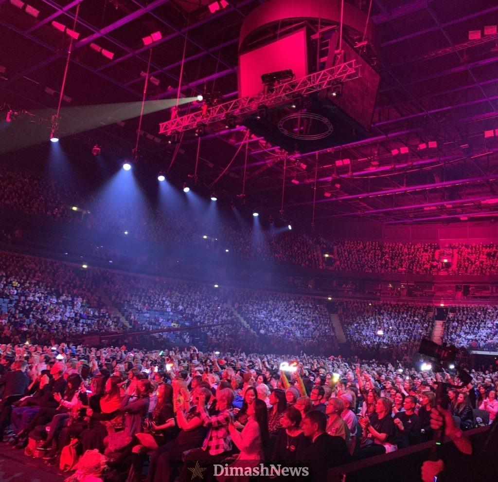Концерт Димаша Кудайбергена в Санкт-Петербурге посетили фанаты из 30 стран мира