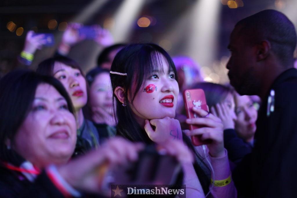 Как проходит концерт Димаша в Нью-Йорке. Фотоотчет. Часть 1