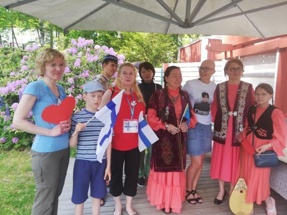 Party in Finland: Finnish Dears get acquainted with the culture and history of Kazakhstan