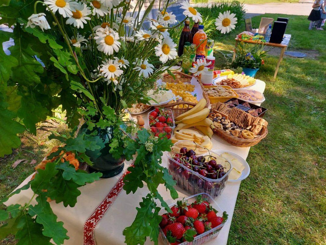 Latvian Ligo folk festival with Daididau