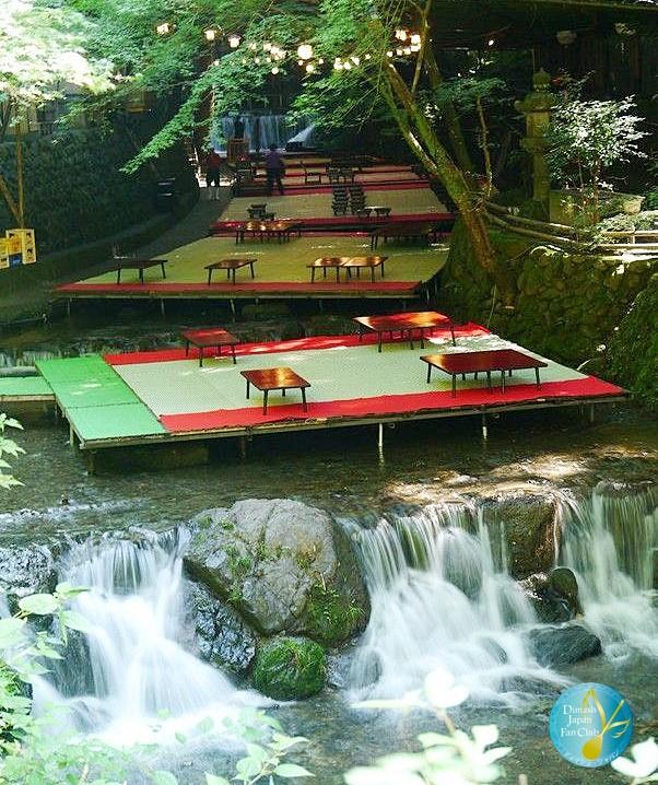 японские речные рестороны, киото, речной ресторан