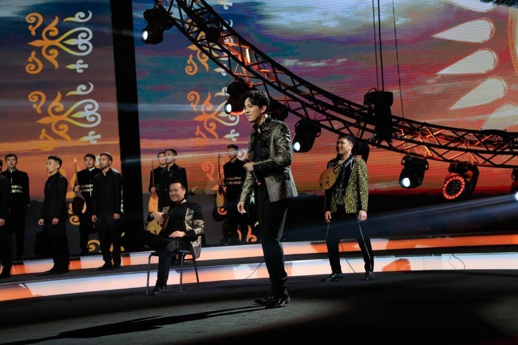 Димаш спел на концерте, посвященном Дню независимости