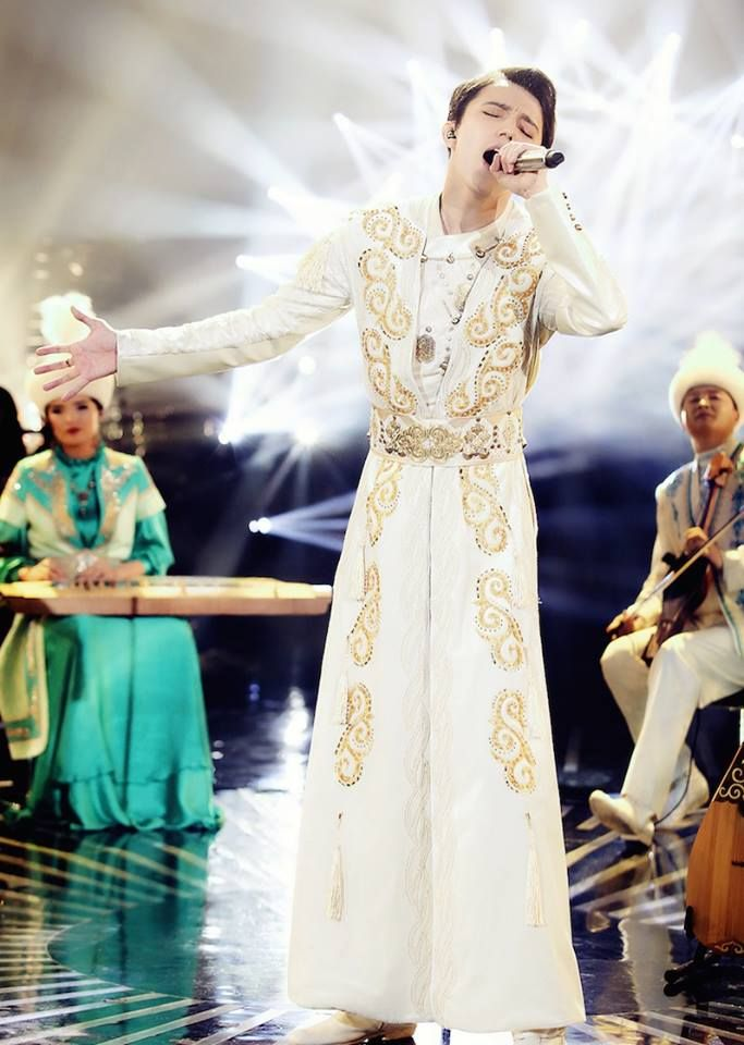 Zeken Moda: How To Create The Suit For The «Prince»