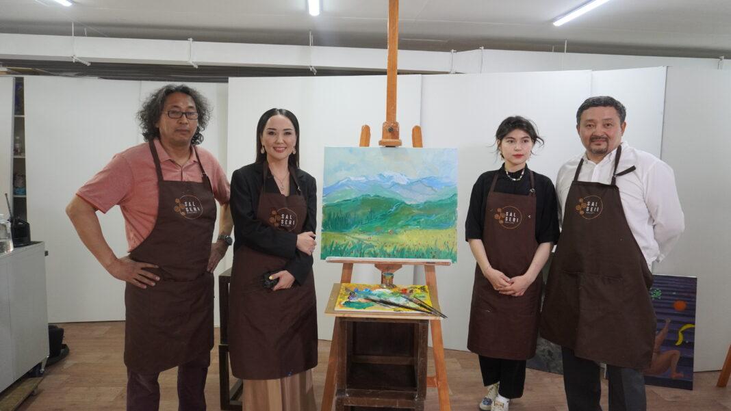 «Линии процветания»: казахский минимализм и академизмв новой экспозиции