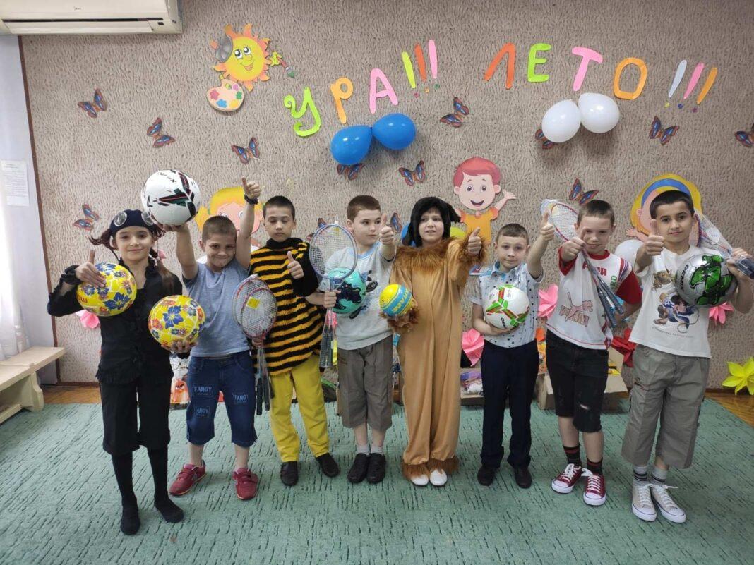 «Вместе добро делать легче» – акция Dears ко Дню защиты детей