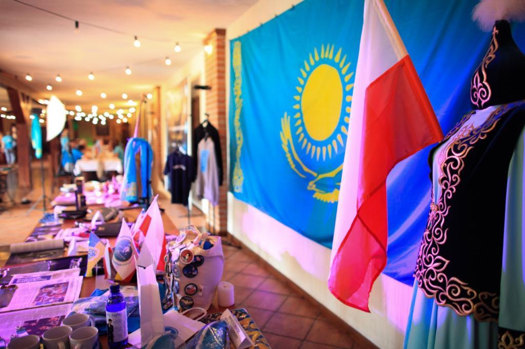 В Польше прошел слёт поклонников Димаша
