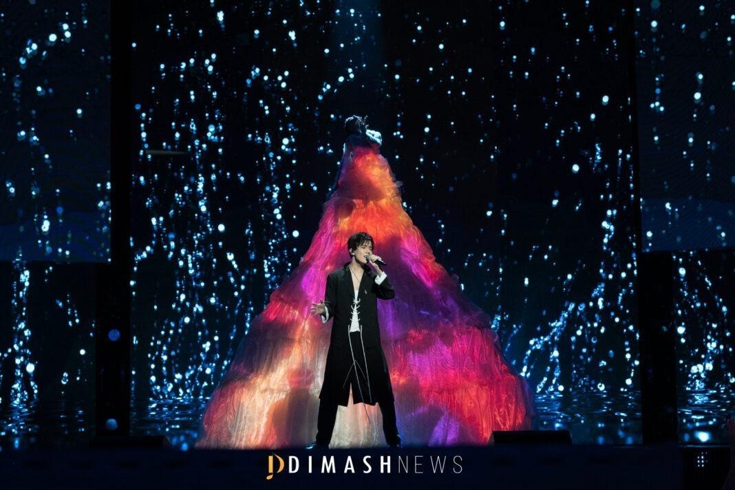 Димаш выступил на открытии фестиваля «Новая волна 2021»